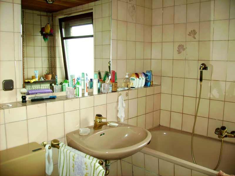 Badezimmer streichen oder tapezieren for Badezimmer streichen
